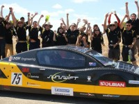Австралийский электрокар поставил рекорд скорости езды без подзарядки