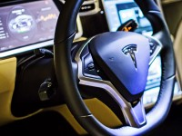 В течение 5 лет Tesla Motors выпустит самоуправляемый автомобиль