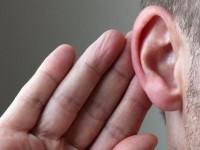 Специальный жилет позволяет глухим слышать через кожу
