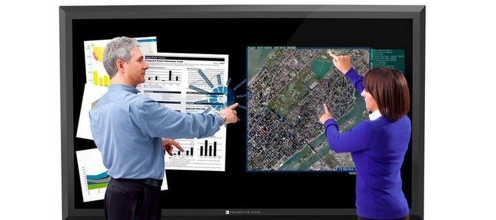 Microsoft начинает производство гигантских сенсорных экранов