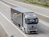 Mercedes готовит самоуправляемые «грузовики будущего» для автобанов