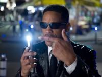 Учёные нашли способ стирать память вспышкой света