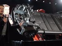 Tesla Motors представила электромобиль с двумя двигателями и автопилотом