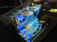 Новый сенсорный дисплей складывается в 3 раза