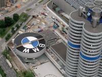 BMW будет заряжать электромобили от столбов уличного освещения