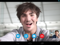 Microsoft интегрирует Skype во все свои онлайн-приложения