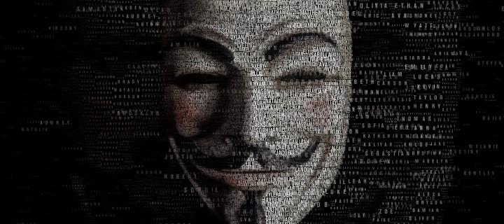 Anonymous объявили войну Lizard Squad из-за взлома игровых сетей.