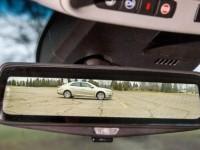 Kadillac встраивает в свои автомобили «умные» зеркала