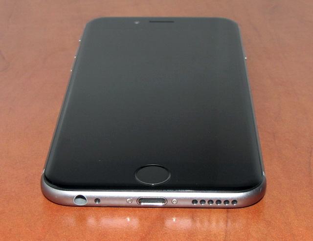 iPhone 6 получил стильный закругленный дизайн