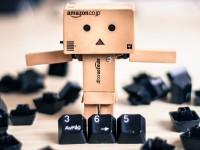 """Amazon уличили в психологических уловках ради имиджа """"самого дешёвого"""" магазина"""