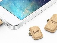 Картонные батарейки для смартфона позволят зарядить его в любой момент