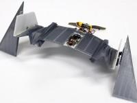 Швейцарские инженеры показали дрон, который может летать и ползать
