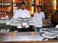 В Сингапуре появились официанты-беспилотники
