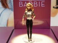 Куклу Барби научили общаться с детьми, используя Wi-Fi подключение