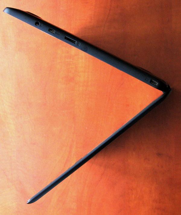 Толщина ASUS EeeBook X205TA составляет не более 17,5 мм
