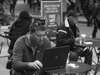 Эксперты рассказали, в чём опасность публичных точек доступа Wi-Fi