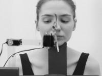 Видео: Как работает робот-визажист, созданный австрийскими студентами