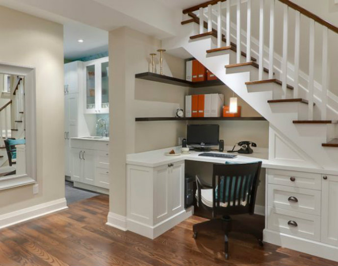 Use-the-space-under-the-stairs-to-sport-compact-home-office-shelves