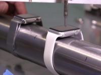 Видео: часы Apple Watch проверили на прочность и водонепроницаемость