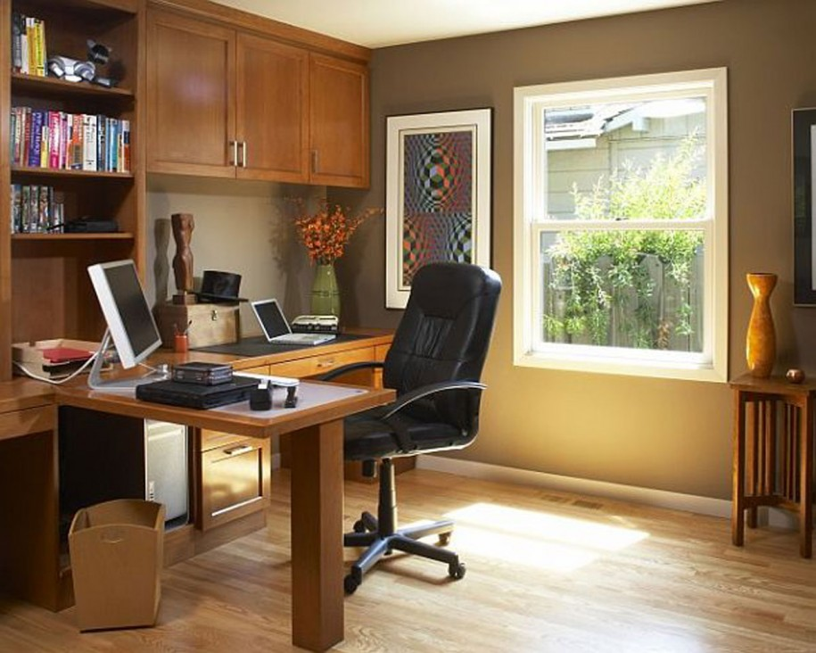 contemporary-working-room-with-wooden-computer-desk-which-attached-to-shelves-and-book-racks-with-black-office-chair-near-the-window-915x732