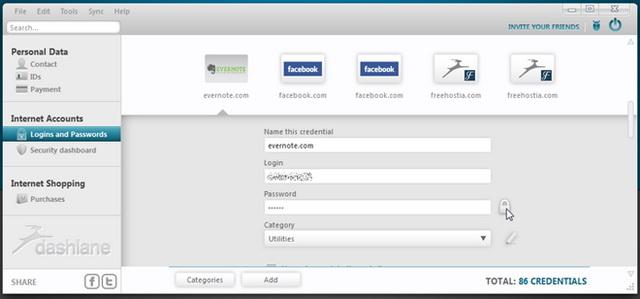 Важное преимущество Dashlane — функция смены всех паролей «одним щелчком»