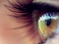 Канадцы создали бионические линзы, троекратно улучшающие зрение