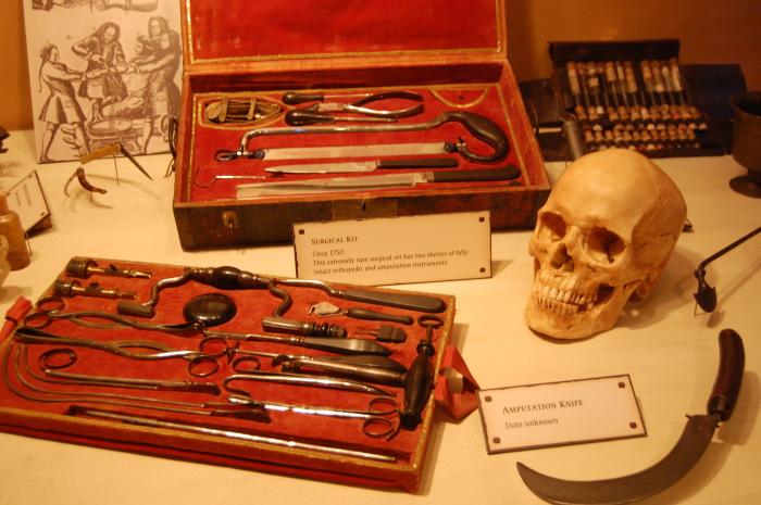 Найбільша у світі колекція оригінальних піратських предметів щоденного вжитку