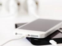 Компания Ricoh разработала пьезорезину для подзарядки любой мобильной электроники