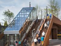 В Нидерландах построили первый мост, генерирующий электроэнергию