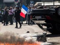 «И вырыли яму» — про Киплинга, Uber и французских таксистов
