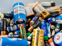 Українські винахідники створили батарейку, здатну підзарядитись за 5 секунд