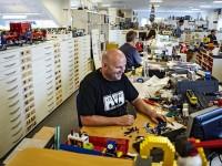 Кембридж ищет «профессора LEGO» для изучения роли игр в учебном процессе