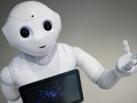 В Японии хитом продаж стал первый робот, способный воспринимать эмоции