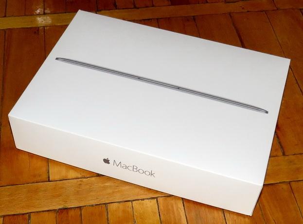 Стильная упаковка для нового MacBook
