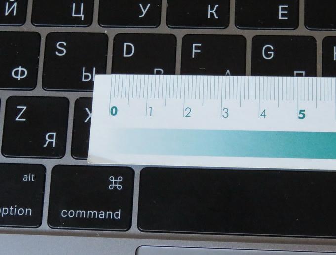 Полноразмерная клавиатура нового MacBook обеспечивает высокую скорость и удобство набора текстов