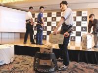 Аэропорт Токио доверил роботам перевозку багажа и уборку терминалов