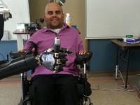 Учёные из США создали робота-руку, который управляется силой мысли