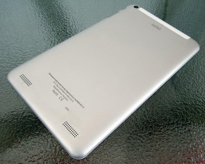 Тыльная панель планшета Impression ImPAD 8314 выполнена из алюминия