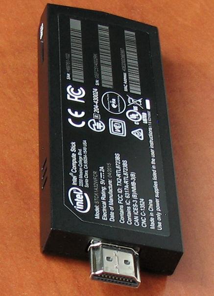По своим габаритам устройство сравнимо с USB-3G-модемом или большой флешкой.  Только вместо разъема USB в торце — HDMI-коннекто