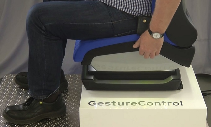 Seatcargesture2