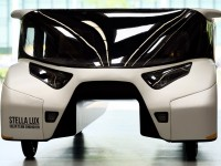 В Нидерландах создали электромобиль, проезжающий 1 тыс. км на 1 заряде