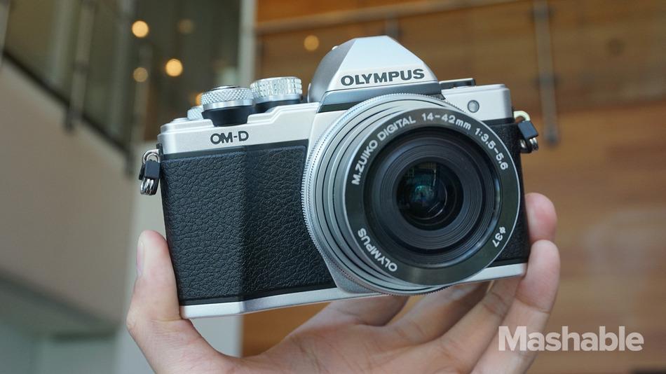 olympus-omd-em10-mark2-2