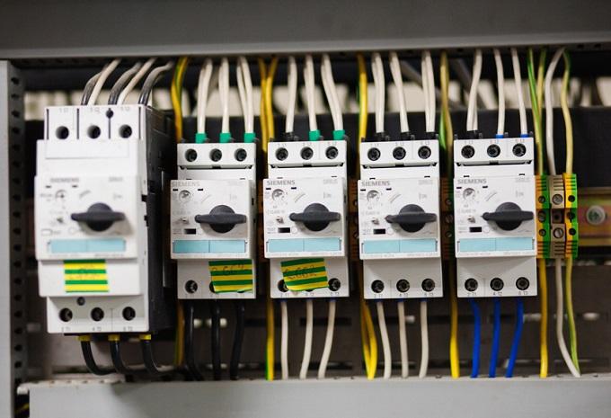 Simens-Simens-laboratoriya-IFNTUNG-0852