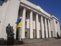Новый закон обязывает собственников украинских СМИ раскрыть свои данные