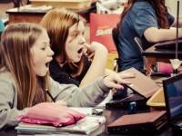 Електронні підручники та освіта — досвід шкіл та коледжів у США