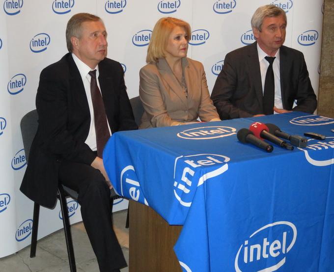 Організатори зазначили, що планують проводити подібні конкурси не тільки централізовано в Києві, але й в регіонах, на базі місцевих шкіл
