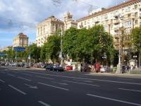 В Киеве монтируют «умные» остановки с USB-зарядкой и беспроводным интернетом