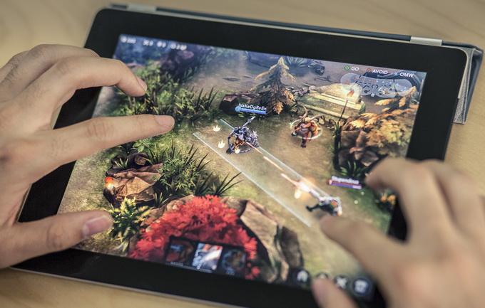 В Vainglory можно играть как на планшетах...