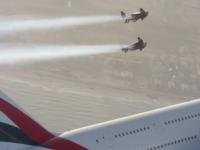 Два ранці та один аеробус – швейцарці політали у небі над Дубаї з пасажирським літаком