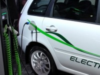 Верховна Рада звільнила електромобілі від мита, але залишила ПДВ